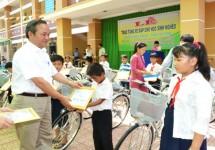Tặng 400 chiếc xe đạp cho học sinh nghèo hiếu học tại Châu Thành